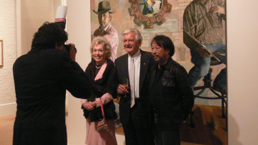 Jiawei Shen, right, meets former prime minister Bob Hawke and his wife Blanche d'Alpuget in 2007.