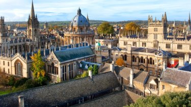 Oxford University vice-chancellor Louise Richardson is paid significantly less than her Australian counterparts.
