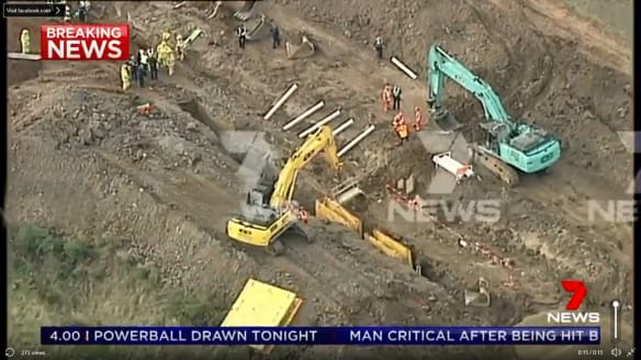 Worker dies after trench collapses on building site north of Melbourne