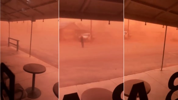 Dust storms cloak outback NSW, could hit Sydney if winds persist