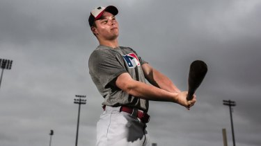 Canberra's Mitch Edwards has signed with the Philadelphia Phillies.