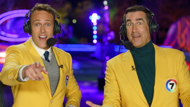 Matt Shirvington and Rob Riggle as sideline reporters in Holey Moley.