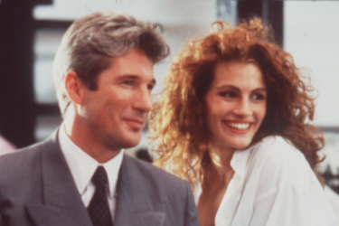 Julia Roberts turned Richard Gere's shirt into a style moment in Pretty Woman.