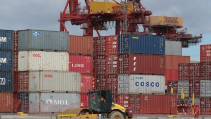Port plan pushback begins with petition to go before WA Parliament