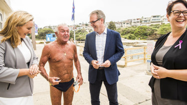 NSW Labor leader Michael Daley meets the locals in Coogee on Saturday.