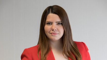 Daniel Andrews hires Sabina Husic as new director of media