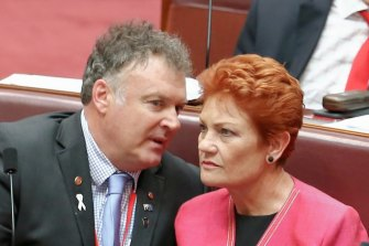 Rod Culleton and One Nation leader Pauline Hanson in Parliament in 2016.