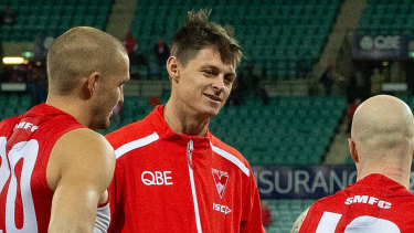 Sydney ruckman Callum Sinclair will miss the next three weeks with a dislocated shoulder, and potentially the rest of the AFL season.