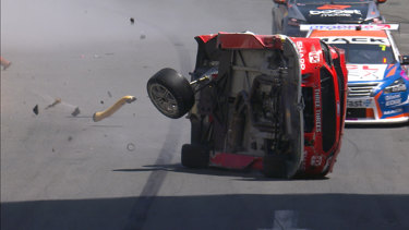 Scott McLaughlin crashed in qualifying on Sunday.