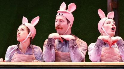 Adorable characters and acrobatic marvels lift Shaun the Sheep circus