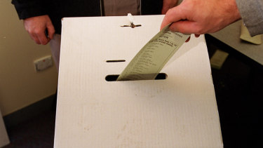 The local government association voted to reject compulsory preferential voting for council elections.