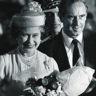 John Cain greets the Queen at Tullamarine in March 1986.