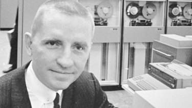 After starting with IBM in 1955, Perot created his own company in 1962, thanks to $US1,000 from his wife.