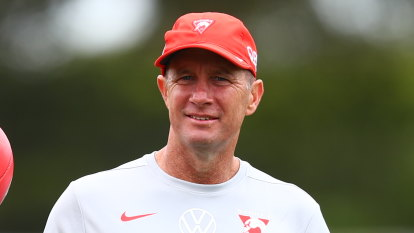 'It can be a lonely road': Pyke out to take pressure off Swans coach