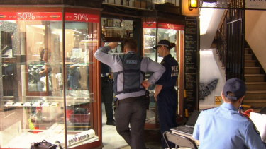 Police have allegedly seized around 900 items of stolen jewellery from a Perth jeweller.
