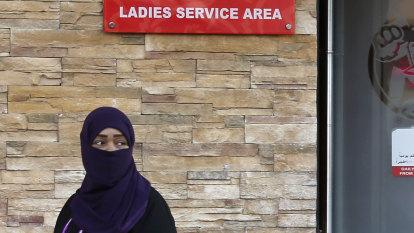 Saudi women no longer need to be segregated at restaurants