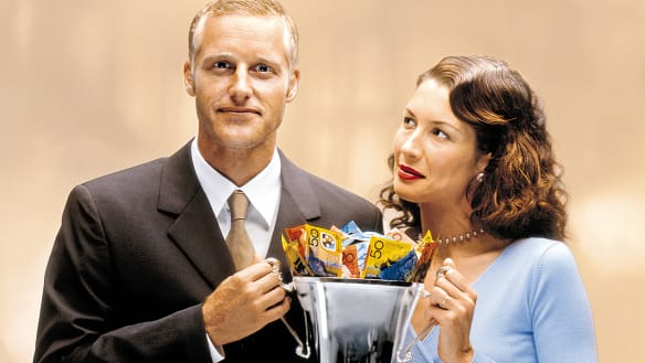 Why women shouldn't outsource money matters to their partner
