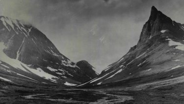 A photo of the Kebnekaise in February 1937.