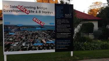 Lots are selling like hot cakes in Como's Canning Bridge precinct.
