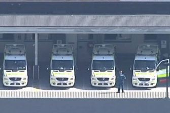 Queensland's target is to have 90 per cent of patients transferred from ambulances into the care of an emergency department within 30 minutes.