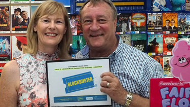 Lyn and John Borszeky are closing the last blockbuster store in Australia.