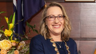 City of Nedlands mayor Cilla de Lacy has resigned from her position.