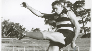 """""""Polly"""" Farmer, who was diagnosed with CTE after his death, was an inspiration for generations of Indigenous footballers."""