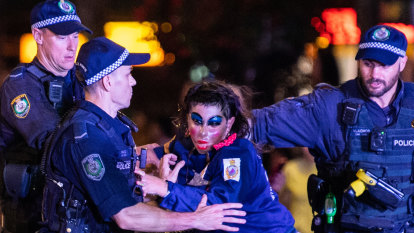 Protesters removed as Mardi Gras sends political messages