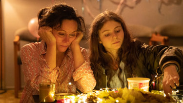 Essie Davis and Thomasin McKenzie star in The Justice of Bunny King.