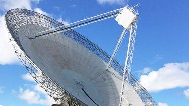 The Parkes radio telescope.