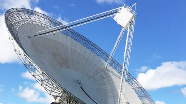 The Parkes radio telescope.