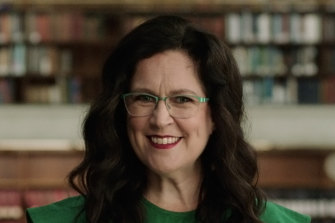 Annabel Crabb presents this timely documentary series that examines Australia's parliamentary system from a female perspective.