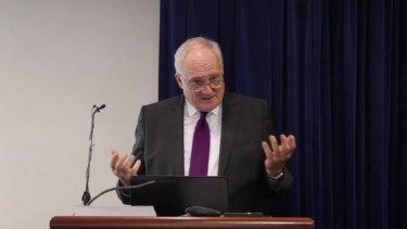 Professor Droege addresses the CRCLCL Forum.