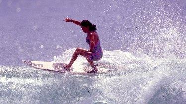 Pauline Menczer di Girls Can't Surf.