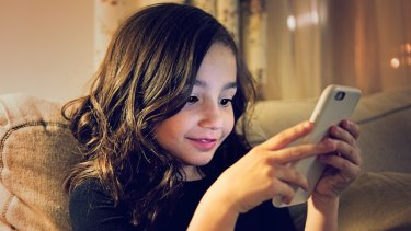 Texting friends at school will be a thing of the past in WA.