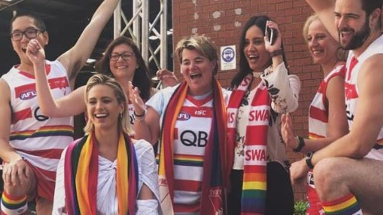 Jesinta Franklin gearing up for the Sydney Swans float at Mardi Gras.