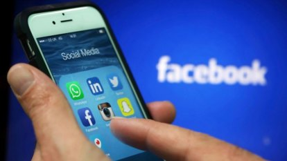 Facebook, Instagram still experiencing issues after ten hours