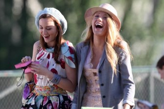 Leighton Meester (Blair) and Blake Lively (Serena) in the original Gossip Girl.