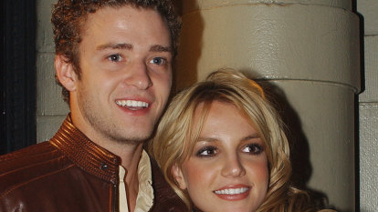 Justin Timberlake joins entertainment figures in apologising to Britney Spears