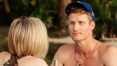 Richie Strahan and Alex Nation talk out their problems on Bachelor in Paradise.