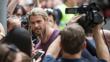 Chris Hemsworth takes time out to meet fans while filming Thor in August 2016 in Brisbane.
