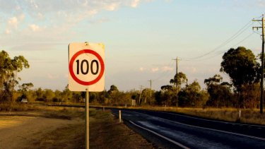 The WA government is considering dropping the speed limit on country roads to 100km/h.