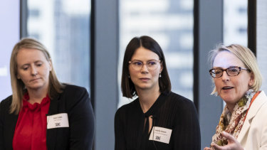 L-R: Outgoing Adalta chief executive Sam Cobb, Corrs Chambers Westgarth partner Felicity Saxon and Oculo chief executive Dr Kate Taylor.