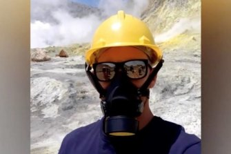 Allessandro Kauffman filmed his tour of Whakaari/White Island - one of the last before Monday's eruption.