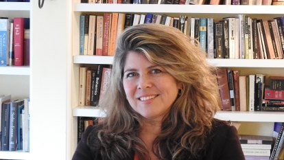 Author Naomi Wolf suspended from Twitter for spreading vaccine misinformation
