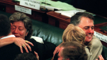 Janet Holmes a Court, pictured with Malcolm Turnbull, at the 1998 constitutional convention in Canberra.