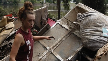 'Just gut-wrenching': Flood victims return to devastation