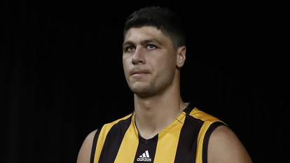 Patton announces immediate AFL retirement and apologises for 'inappropriate behaviour'