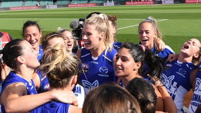 Kangaroos prove AFLW title credentials in fiery clash with Giants