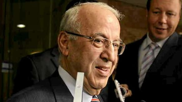 Eddie Obeid to pay back $300,000 in legal fees and $660,000 pension